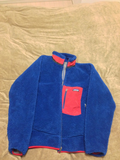 patagonia レトロX 青×赤をセカイモンで購入